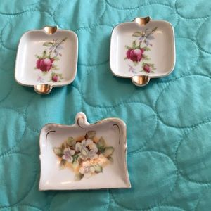 🆕 3 Vintage China Spoon Rests or Tea Bag holders